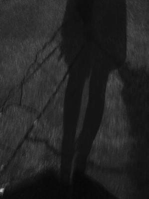 smear legs shadow